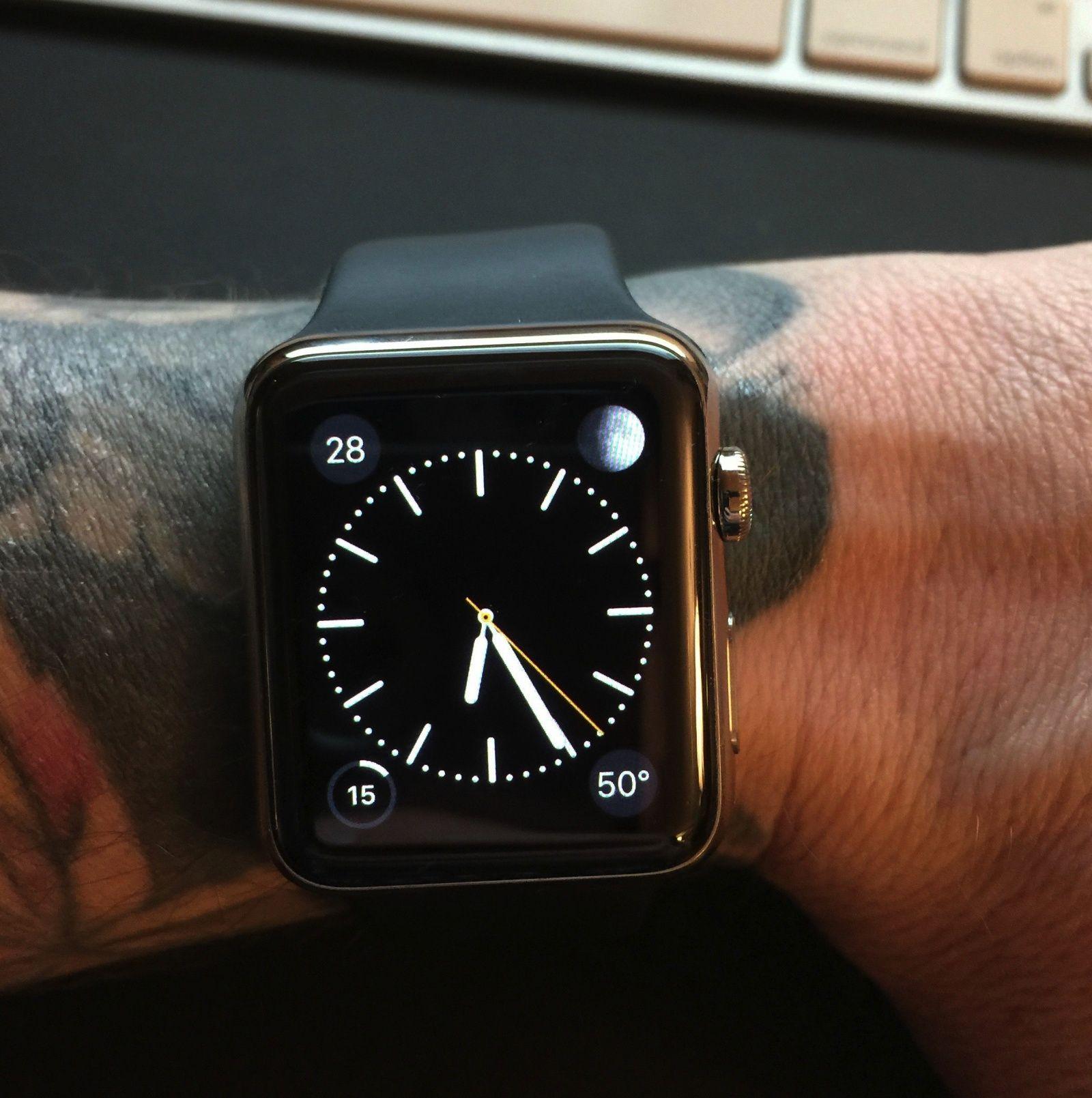 Tattoos kunnen werking Apple Watch belemeren, aldus Apple